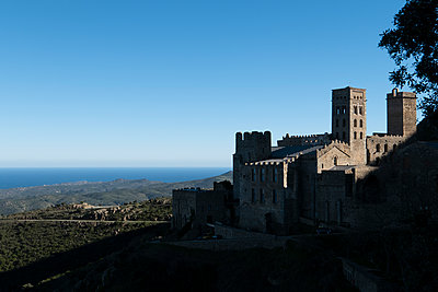 Sant Pere de Rodes - p1691m2288575 by Roberto Berdini Bokeh