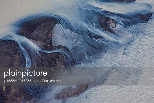 Overfloating land - p1585m2285286 by Jan Erik Waider
