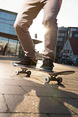 Skateboarder - p608m901234 by Jens Nieth
