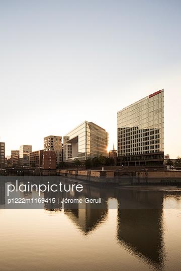 Architektur in Hamburg - p1222m1169415 von Jérome Gerull