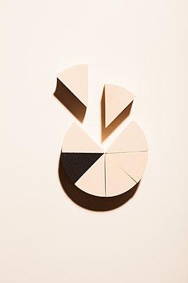 Pie chart - p454m2215888 by Lubitz + Dorner