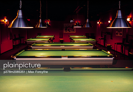 Snooker - p378m2085351 by Max Forsythe