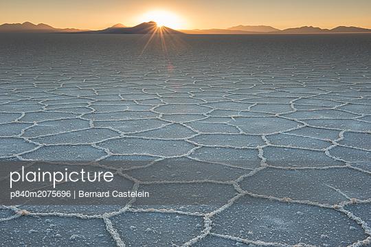 p840m2075696 von Bernard Castelein