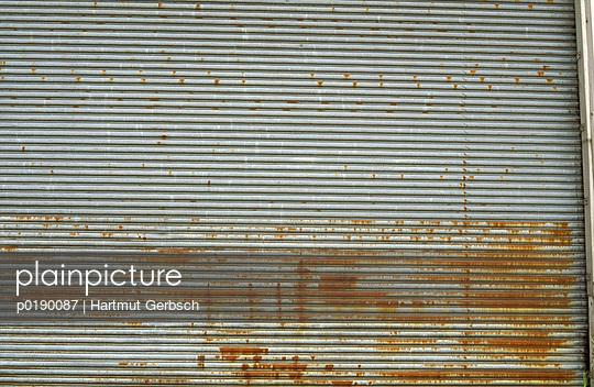 Garagentor - p0190087 von Hartmut Gerbsch
