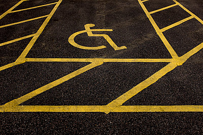Disabled parking space - p1228m1466237 by Benjamin Harte