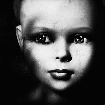 Unheimliches Wesen - p1543m2116520 von Sophia Snadli