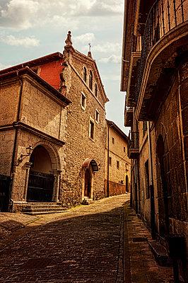 Altstadt von Lekeitio - p470m1152779 von Ingrid Michel