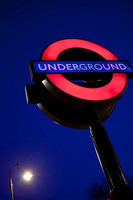 London U-Bahn - p5030275 von Fabrice Arfaras