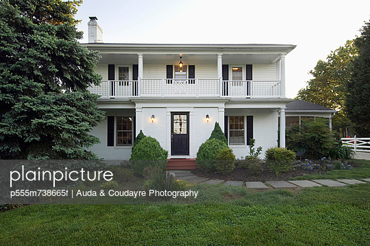 Front exterior colonial style home