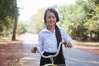 p429m983356f von Fang Zhou