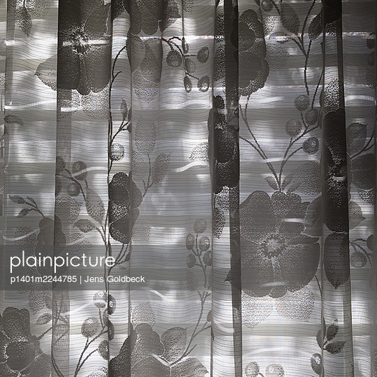 Curtain - p1401m2244785 by Jens Goldbeck