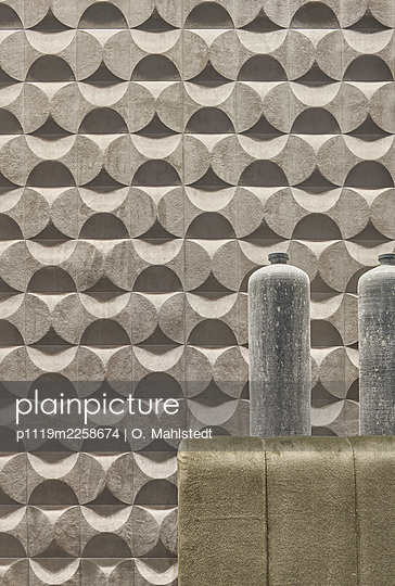 Concrete pattern wall - p1119m2258674 by O. Mahlstedt