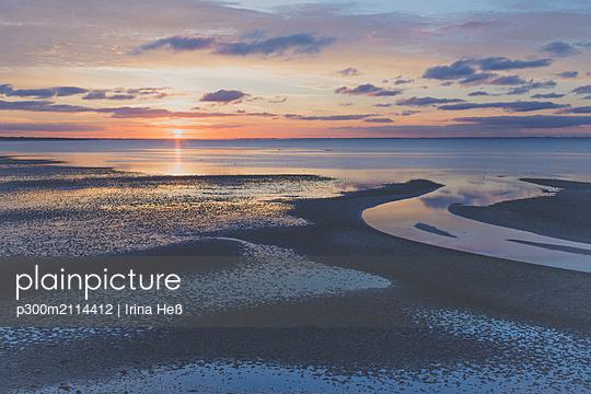 Sunrise over North Sea, Sylt, Germany - p300m2114412 von Irina Heß