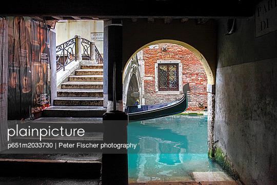 p651m2033730 von Peter Fischer photography