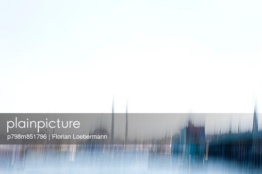 Istanbul verschwommen - p798m851796 von Florian Loebermann