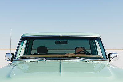 Detail  of a vintage Ford F100 pickup truck, the windshield and hood. Bonneville Salt Flats. - p1100m1177443 by Mint Images