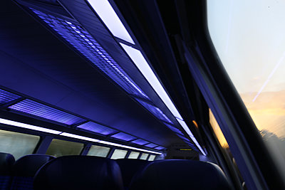 Bahn fahren - p1258m2206203 von Peter Hamel