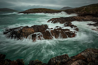 UK, Scotland, Isle of Lewis, cliff on stormy day, long exposure - p300m1470095 by Christina Falkenberg