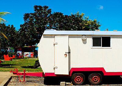 Vintage caravan - p1072m905533 by Mia Mala McDonald