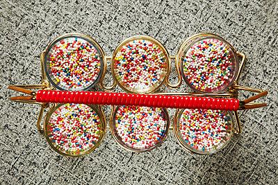 Schnaps mit Zucker - p415m1586122 von Tanja Luther