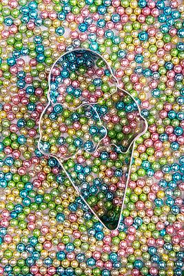 p451m1586900 by Anja Weber-Decker