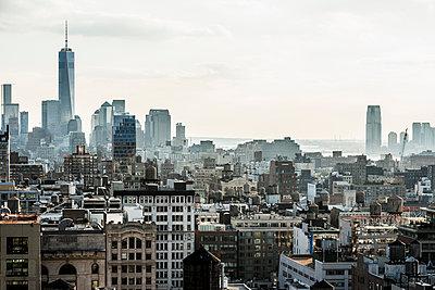 Downtown, Manhattan, New York, USA - p1316m1422442 by Daniel Schoenen