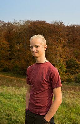 Boy, Portrait - p1132m1503155 by Mischa Keijser
