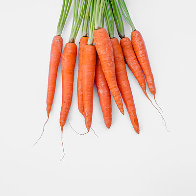 Bunch of carrots - p1228m1203567 by Benjamin Harte