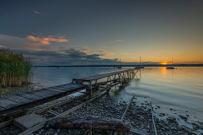 Germany, Bavaria, Sunset at lake Ammersee - p300m1192398 by Michael Bottari