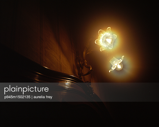Old lamp - p945m1502135 by aurelia frey