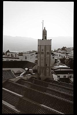 Minarett in Chefchaouen - p1189m1218653 von Adnan Arnaout