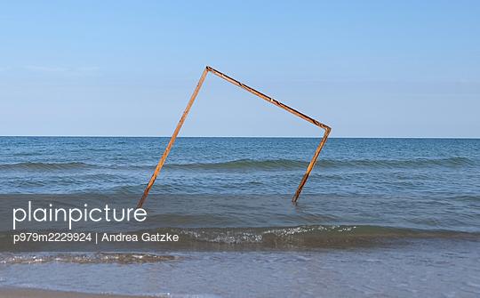 p979m2229924 by Andrea Gatzke