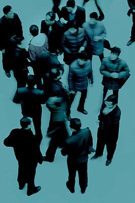 Asian tourists, The Louvre Museum, Paris, France - p1028m1590723 by Jean Marmeisse