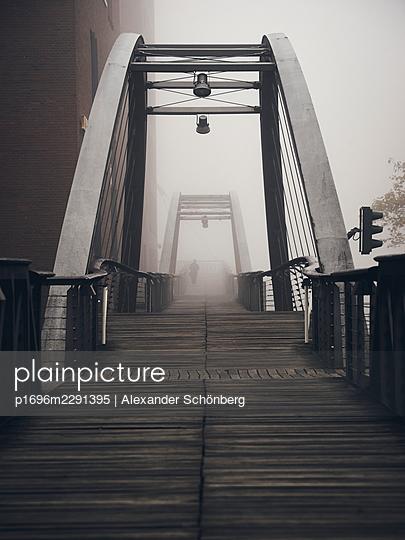 Pedestrian bridge - p1696m2291395 by Alexander Schönberg