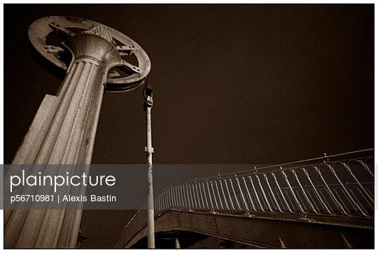 Fußgängerüberweg - p56710981 von Alexis Bastin