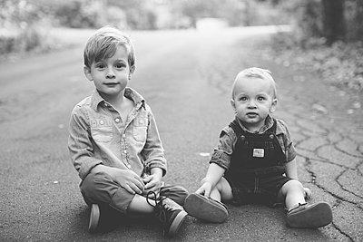 Brüder - p1361m1503759 von Suzanne Gipson