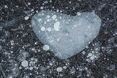 Ice - p312m1471397 by Mikael Svensson