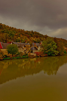 Village at the Loire - p248m858881 by BY