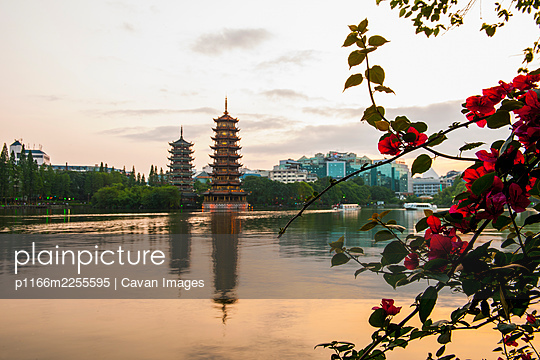 Pagoda's at the lake in the the centre of Guilin / China - p1166m2255595 by Cavan Images