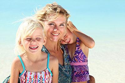 Familienidylle - p045m907327 von Jasmin Sander
