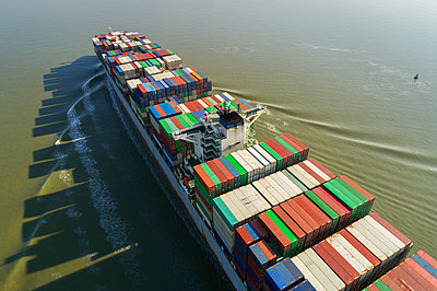 Container ship, drone photography - p1132m2176552 by Mischa Keijser
