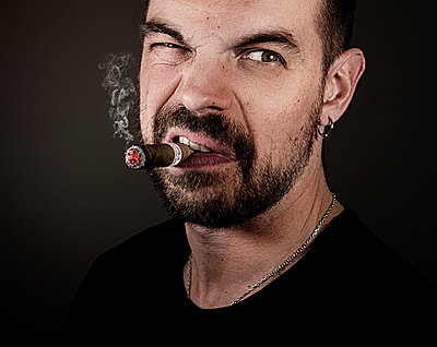 Man with a cigare - p1381m1286432 by Sarah Scaniglia