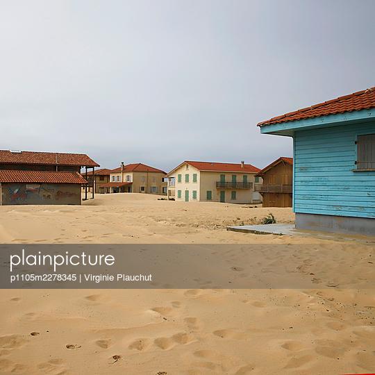 France, Saint-Girons Plage, Summer cottages - p1105m2278345 by Virginie Plauchut