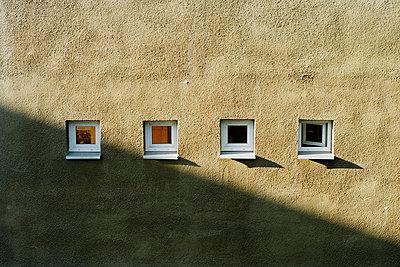 Windows - p1177m970407 by Philip Frowein