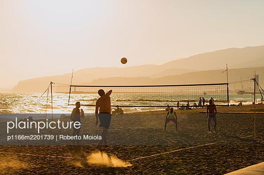 Beach volley, Almeria, Andalusia, Spain - p1166m2201739 by Roberto Moiola
