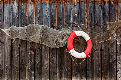 Fish trap - p248m1109949 by BY