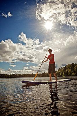 Stand up paddling - p299m859226 von Silke Heyer