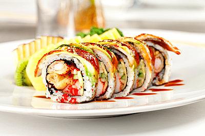 Godzilla sushi rolls - p1166m2094776 by Cavan Images