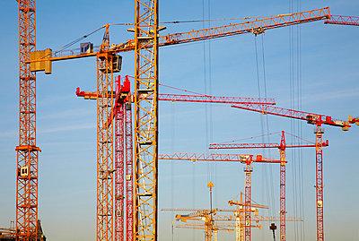 Baukräne - p509m881238 von Reiner Ohms