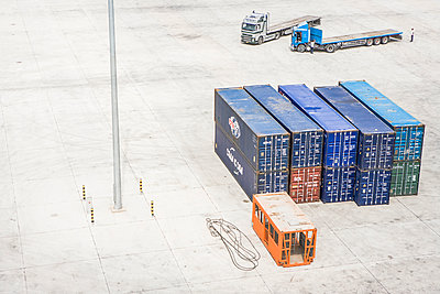 Trucks in container terminal - p1157m1041473 by Klaus Nather
